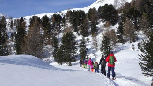 Randonnée en raquettes dans le Val d'Hérens